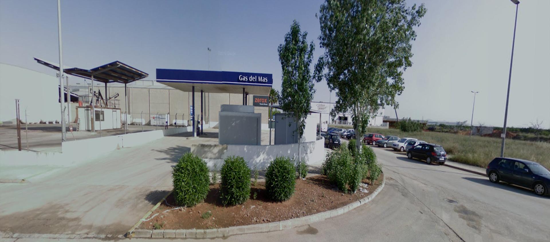 Ven a repostar o lavar tu vehículo a nuestras gasolineras