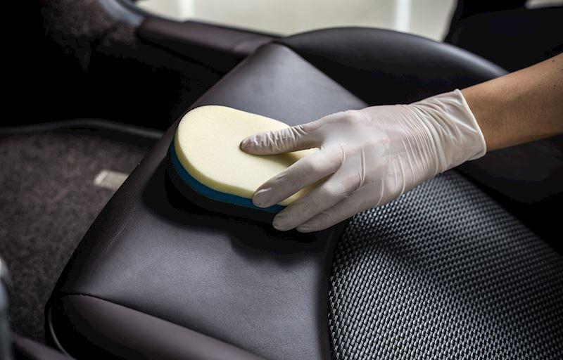 Limpiar tapicería coche